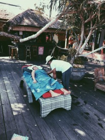 Massages Pool-Side